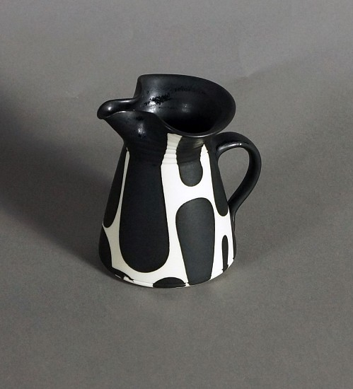 Sam Scott, Black & White Small Pitcher 2017, porcelain